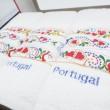 produit-portugais-boite-3-essuies-mains-brodes-sardines-portugal_802