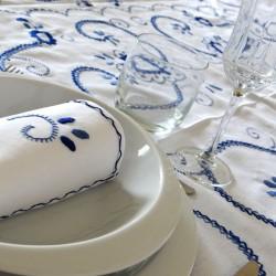 produit-portugais-nappe-portugaise-brodee-a-la-main-180130-motifs-bleus_361
