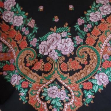 produit-portugais-foulard-portugais-de-viana-noir-et-lilas_298_3