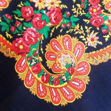 produit-portugais-foulard-portugais-do-minho-bleu-marine_800_1