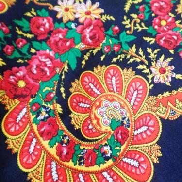 produit-portugais-foulard-portugais-do-minho-bleu-marine_800_2