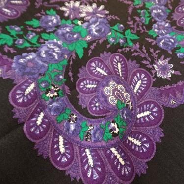 produit-portugais-foulard-portugais-do-minho-noir-lilas_799_1