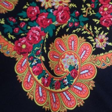 produit-portugais-foulard-portugais-do-minho-noir_796_1