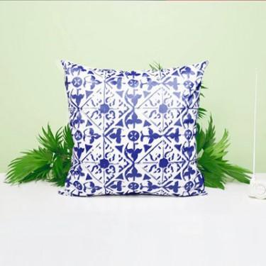 produit-portugais-inspiracoes-portuguesas-coussin-azulejos_665_3