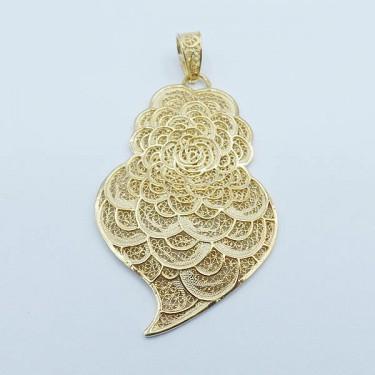 produit-portugais-pendentif-coeur-rose-me1151-en-argent-dore_704_0