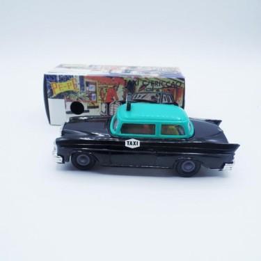 produit-portugais-petite-voiture-taxi-pepe_810_2