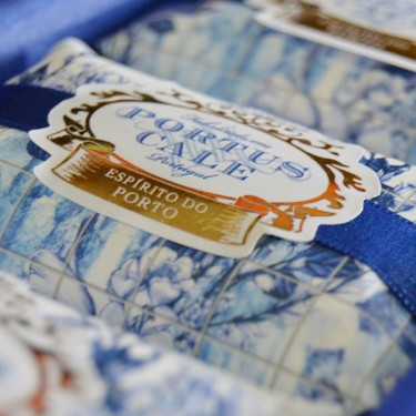 produit-portugais-portus-cale-savon-gold-blue-150g_833_2
